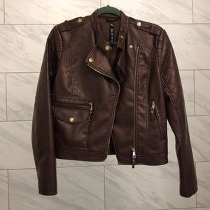 Faux leather jacket in burgundy
